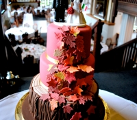 3 tiered autumn leaf and tree trunk wedding cake