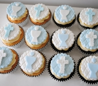 Holy communion cupcakes