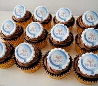 Qualcomm logo cupcakes