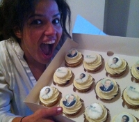 Gaby from the apprentice with her cupcakes