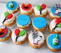 Elmo-and-lady-and-the-tramp-cupcakes
