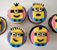 despicable-me-minions-cupcakes