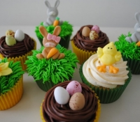 easter-bunny-cupcakes (1)