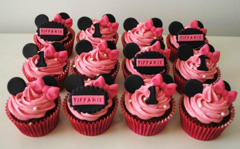 minnie-mouse-birthday-cupcakes