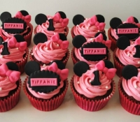 minnie-mouse-birthday-cupcakes