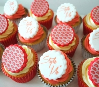 Style me logo cupcakes