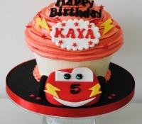 lightning-mcqueen-giant-cupcake