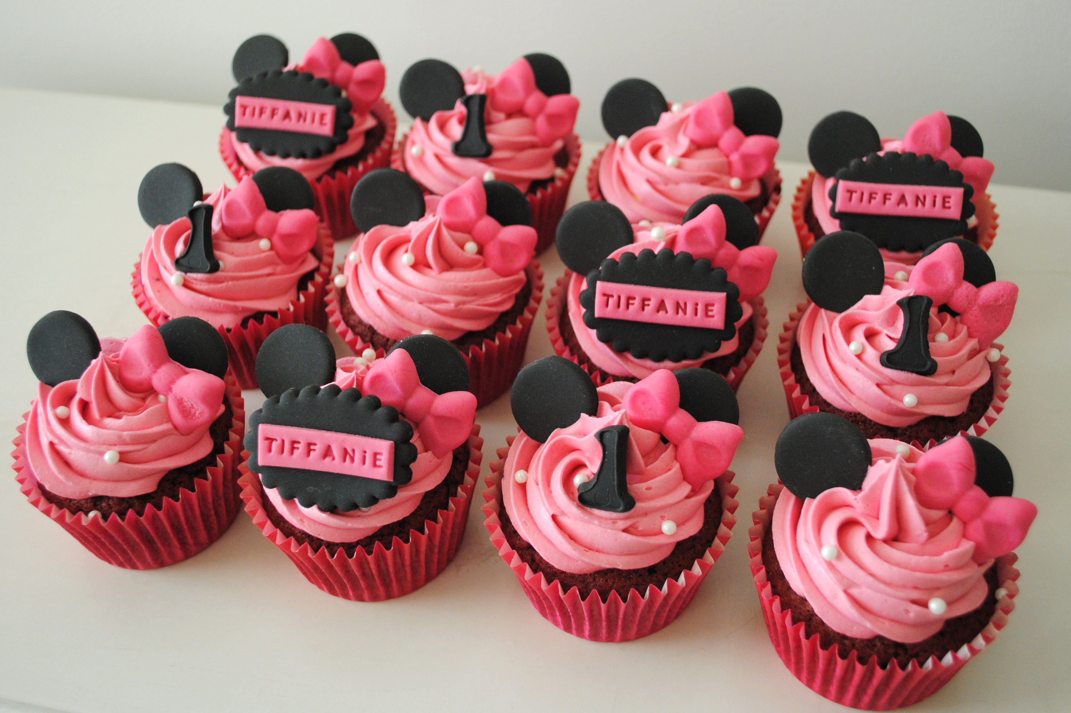 DSC 0878 Minnie Mouse  Year Old Birthday Cakes