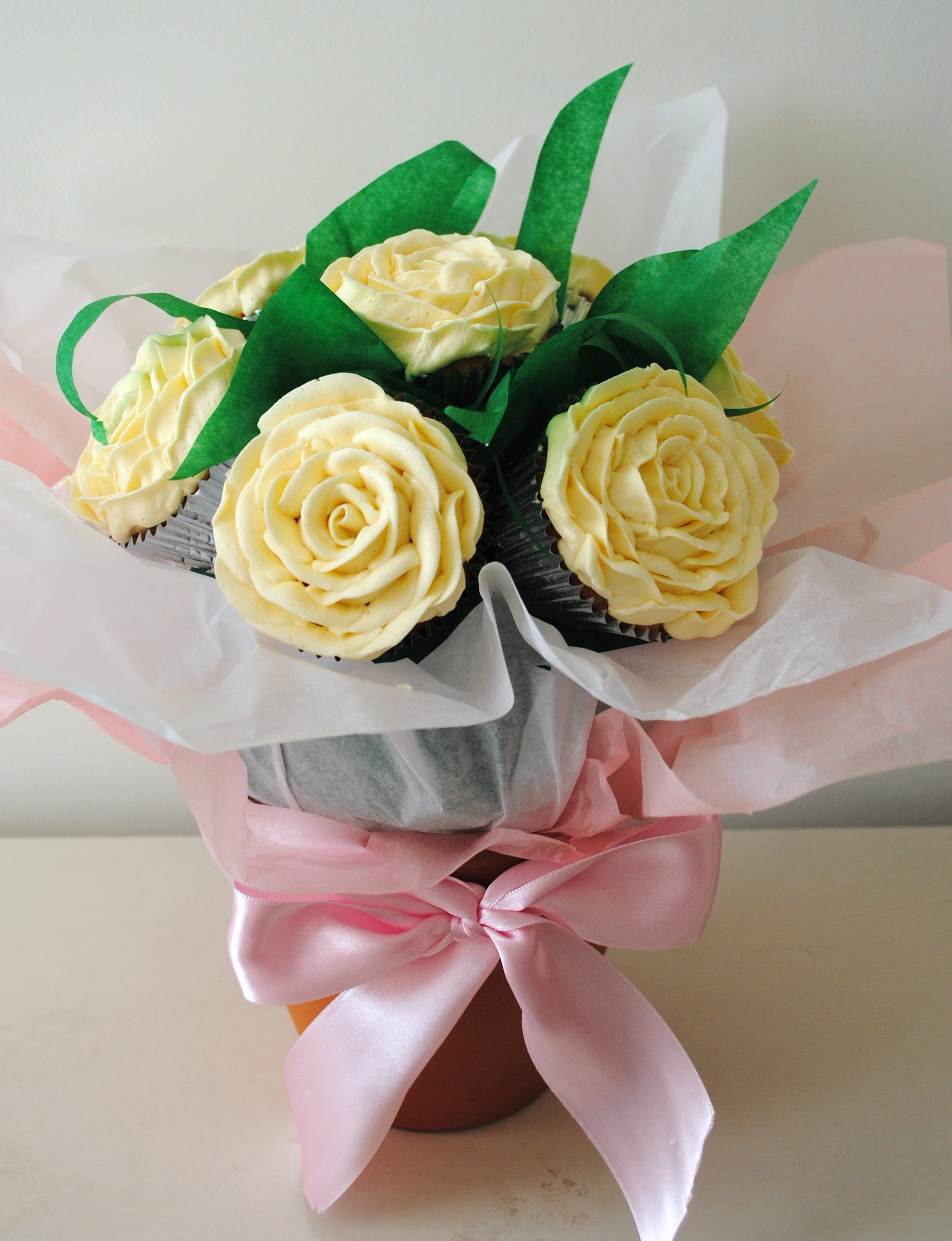 Miss cupcakes blog archive white rose flower cupcake bouquet white rose flower cupcake bouquet izmirmasajfo