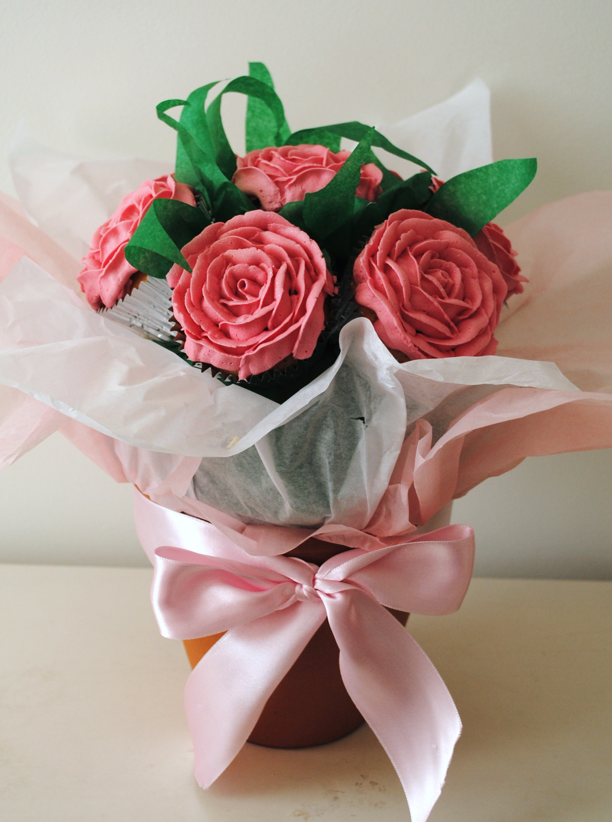Miss cupcakes blog archive pink rose flower cupcake bouquet pink rose flower cupcake bouquet izmirmasajfo