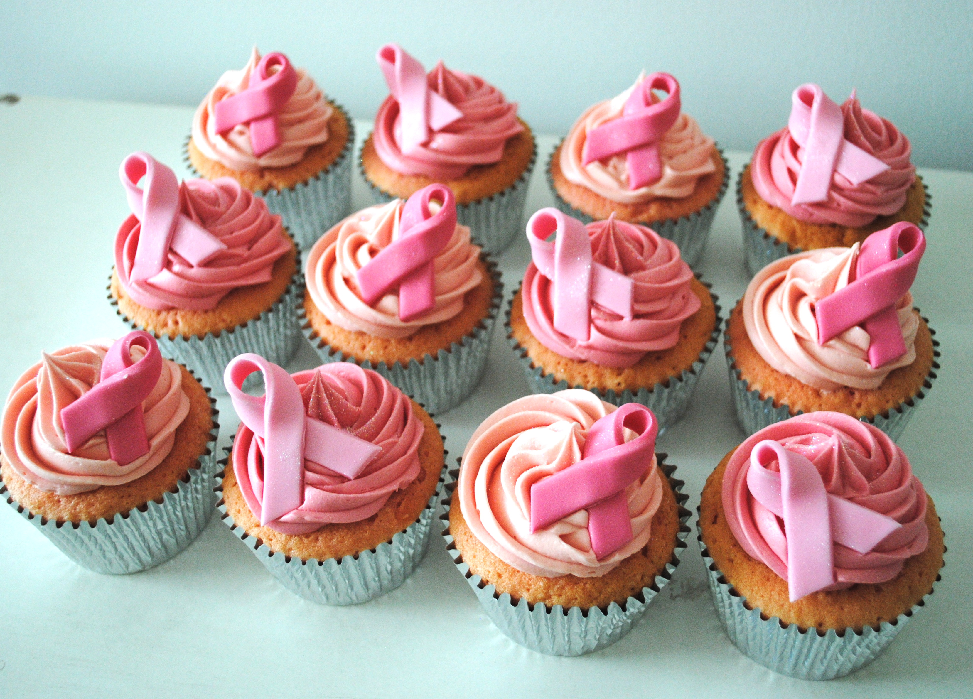 breast cancer cupcakes