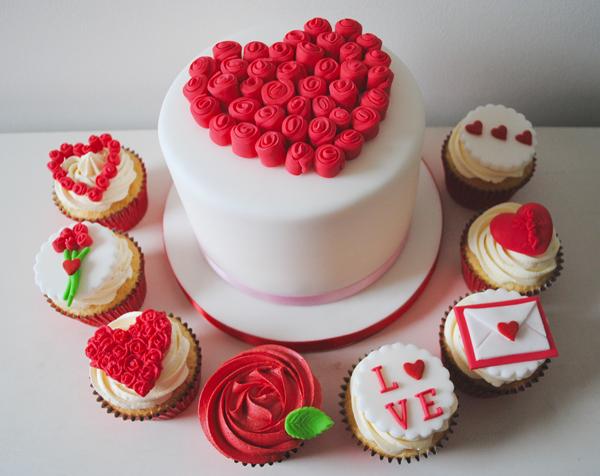 Valentines Cake Cupcakes1