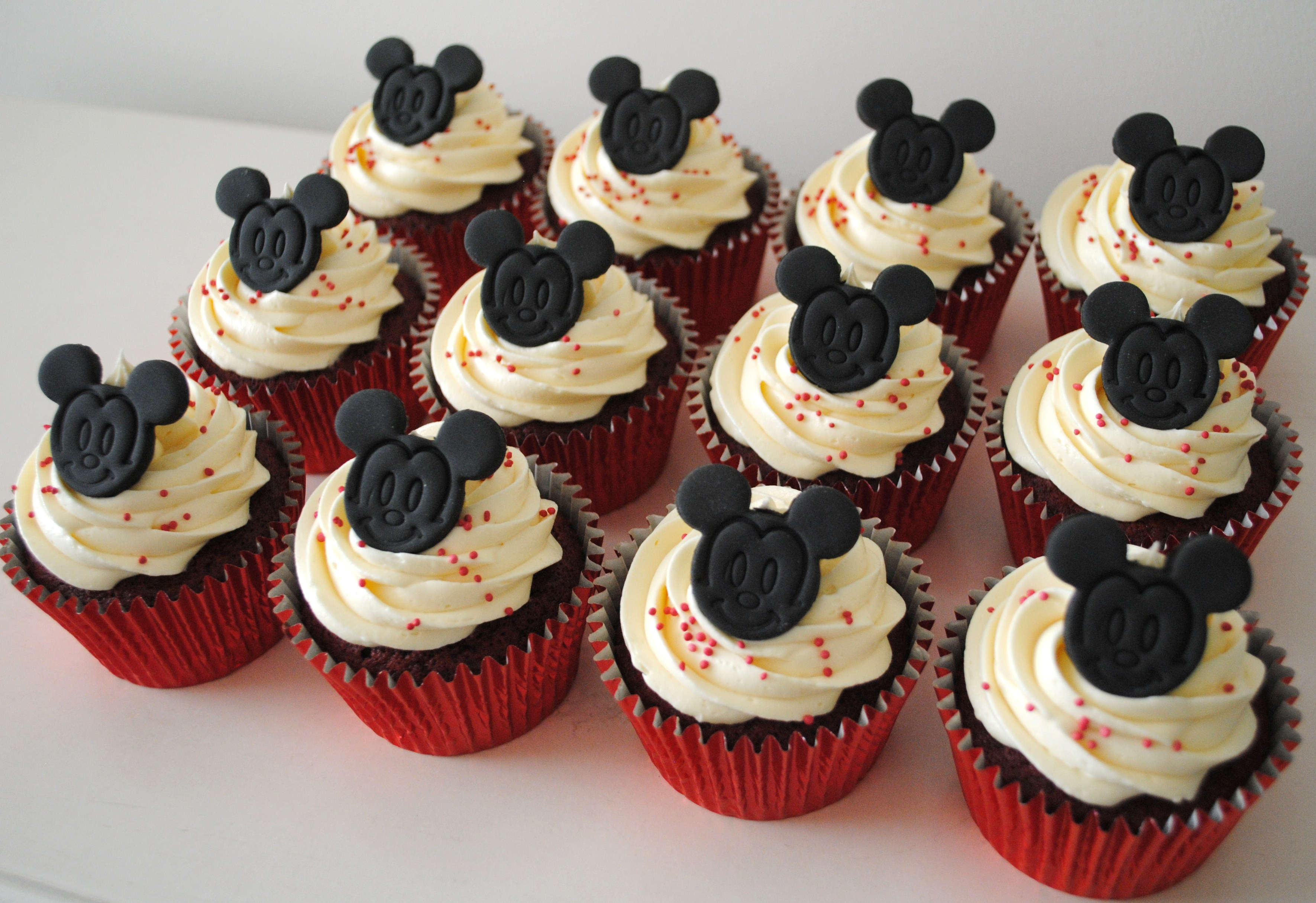Miss Cupcakes 187 Blog Archive 187 Mickey Mouse Cupcakes 12