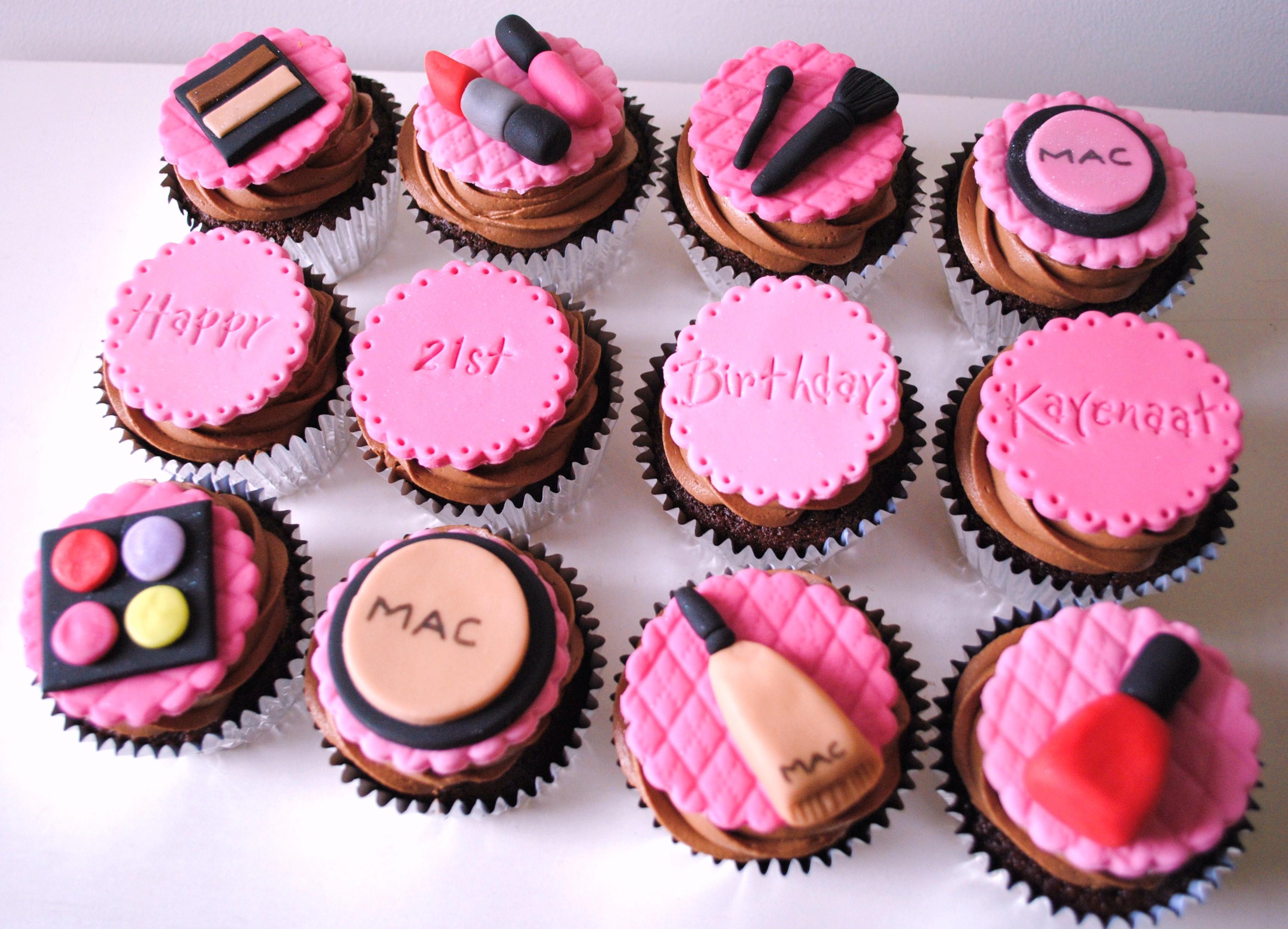 Miss Cupcakes» Blog Archive » MAC make up themed birthday boxset(12)