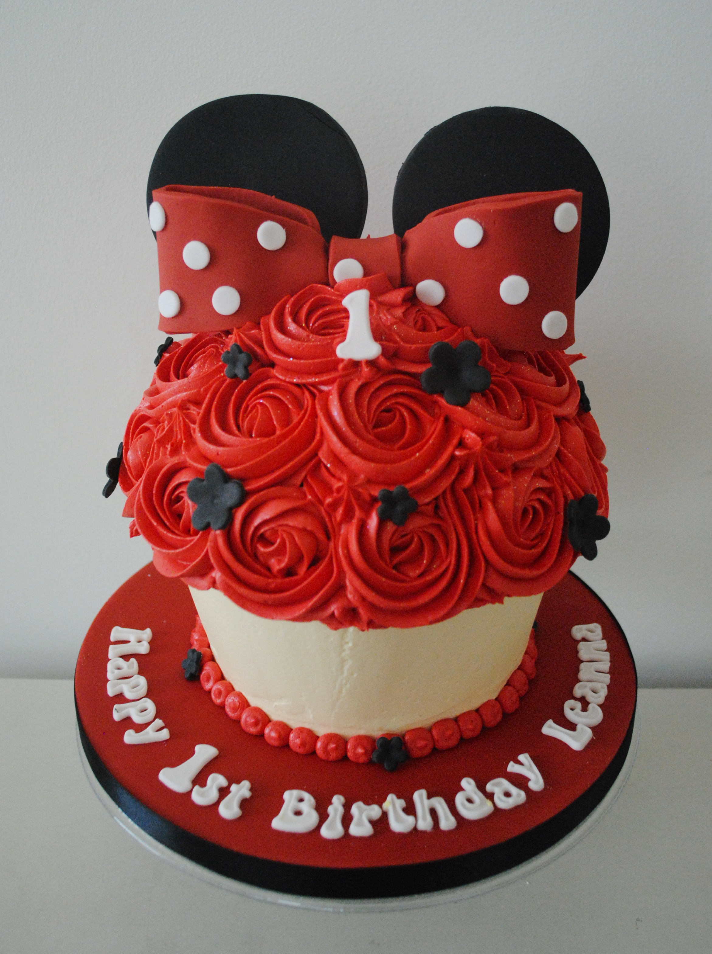 Peachy Miss Cupcakes Blog Archive Red Minnie Mouse Giant Cupcake Cake Funny Birthday Cards Online Overcheapnameinfo